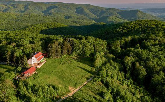 Planinski dom Omanovac