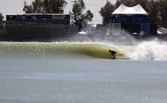 Surf ranč Kellyja Slatera, Lemoore, Kalifornija - 3
