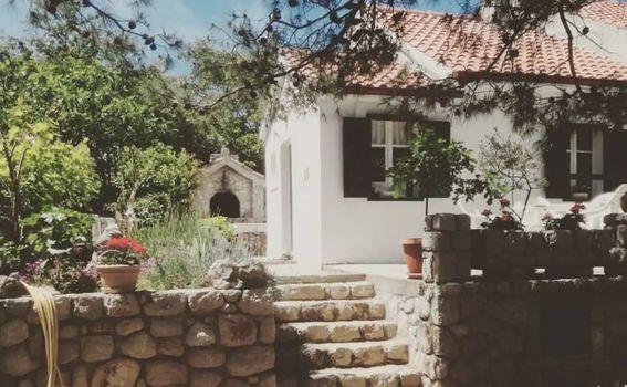 Kućica je izgrađena prije 80 godina