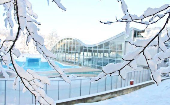 Terme pod snijegom