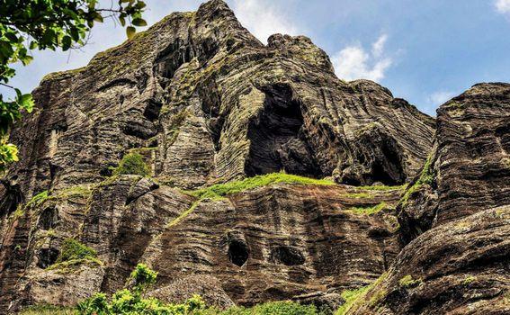 Pitcairn je vulkanski otok na kojem živi pedesetak ljudi
