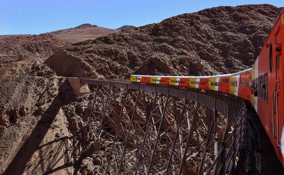 Tren a las Nubes u Argentini - 2