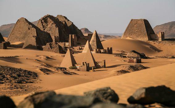 Sudanske piramide - 1