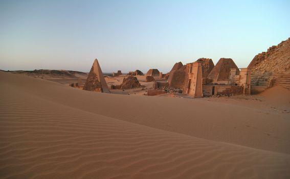 Sudanske piramide - 4