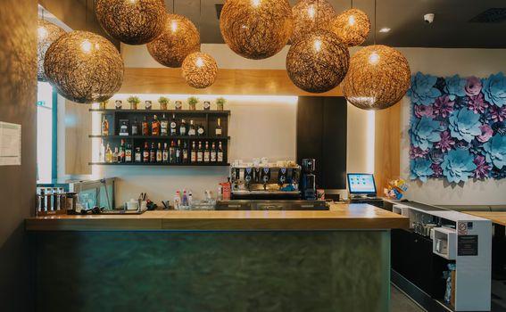 Hugo\'s bar