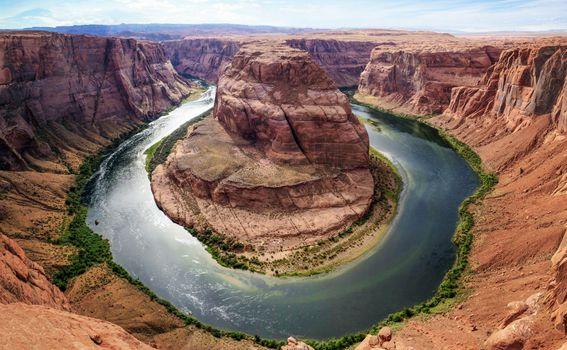 Horseshue Bend, atrakcija na rijeci Colorado, odmah pokraj nacionalnog parka