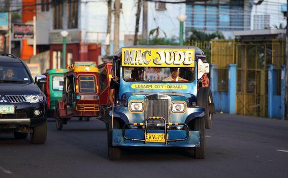 Jeepney, Filipini - 2