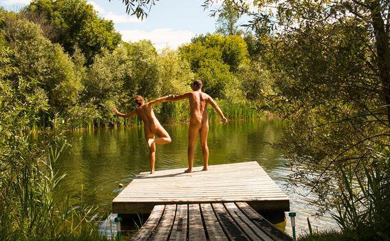 Naked wanderings - 9