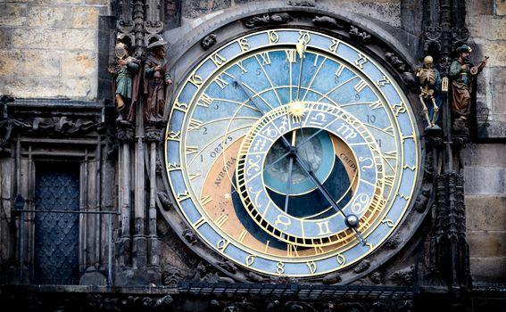 Orloj - 3