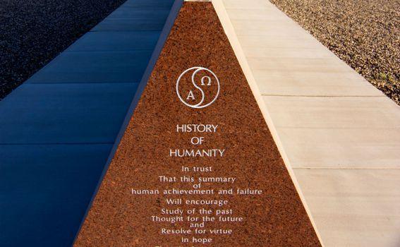 Granitni spomenici dio su Muzeja povijesti u Felicityju