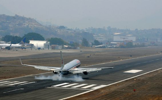 Aerodrom Toncontin, Honduras - 1