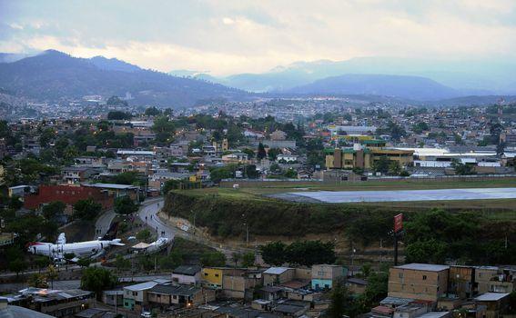 Aerodrom Toncontin, Honduras - 2