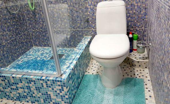 Kupaonica u stanu u četvrti Mamamika