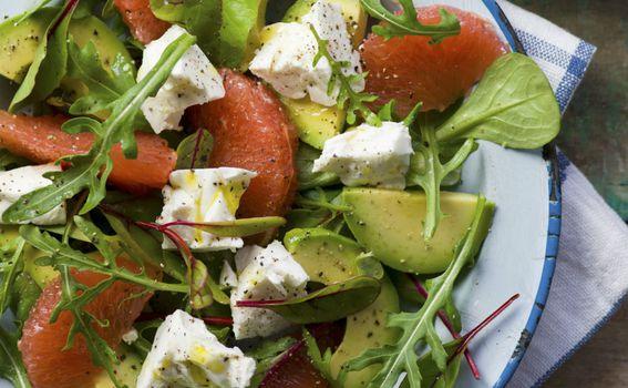 Salati će punoću dati avokado