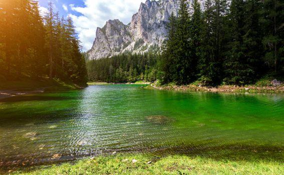 Zeleno jezero u Austriji - 2