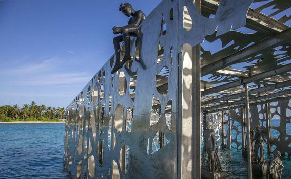 Podvodna galerija na Maldivima - 11