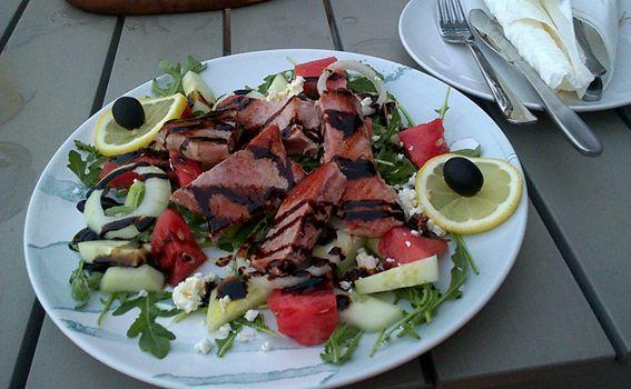 Slasna salata od tunjevine