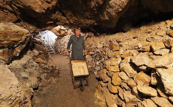 Rudnik sv. Barbara / rudarska greblica - 1