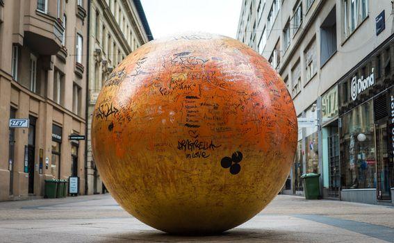 Pronađite cijeli prizemljeni Sunčev sustav u Zagrebu
