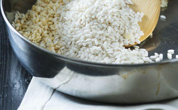 Tostiranje riže