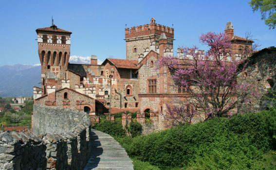 Castello Di Pavone – Pavone Canavese, Italija