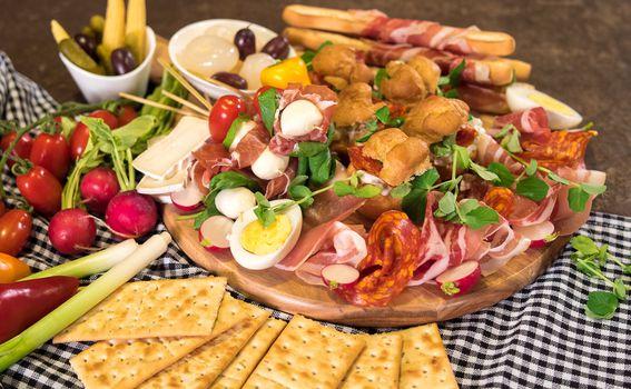Uskrsna plata - tradicionalne namirnice poslužene na uvrnuti način - 4