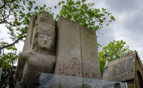 Grob Oscara Wildea, Pariz