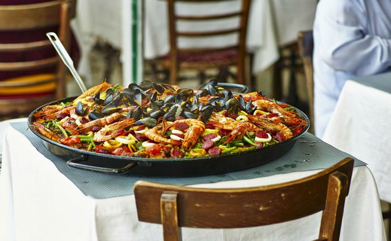 Paella je hrana za dijeljenje s najbližima