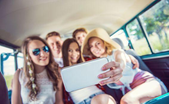 Stiže ljeto, rjeđe smo doma, a potrošnja mobilnog interneta raste
