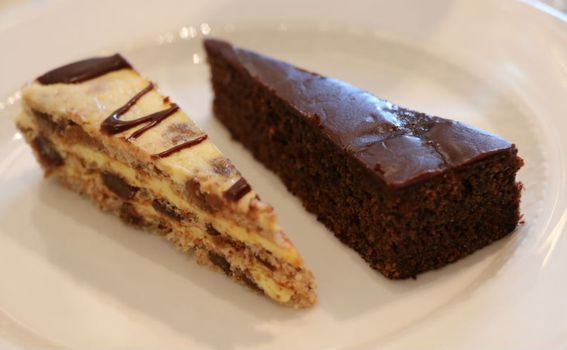 Splitska torta i torta od rogača