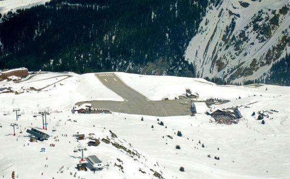 Aerodrom Courchevel - 4