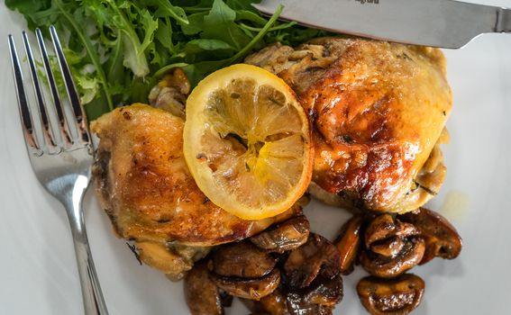Piletina s limunom i glazirani šampinjoni