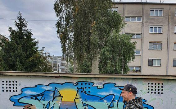 Miro Modul i njegov graffit posvećen ljetu (fotografirano sa Samsung Galaxy Note10+) - 8