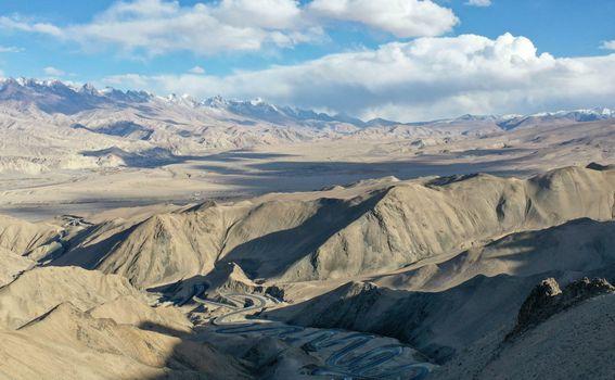 Cesta na planini Pamir, Kina - 1