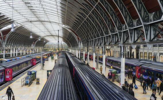 Vlak Heathrow Express - 3