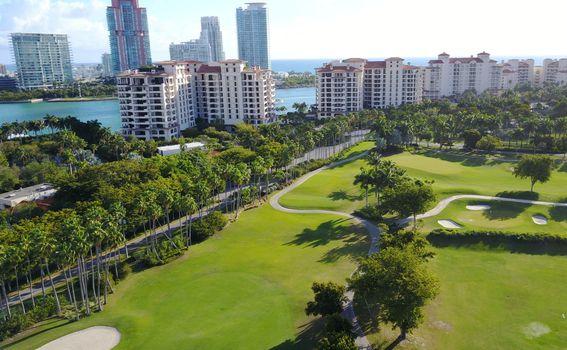 Prostrani golf tereni na otoku Fisher