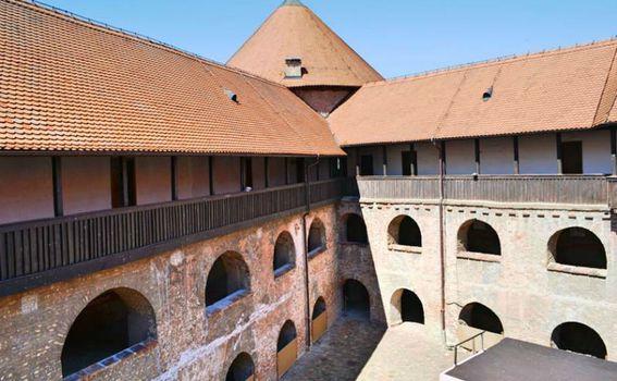 Stari grad Sisak - 12