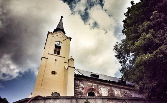 Napuštena crkva u Češkoj - 4