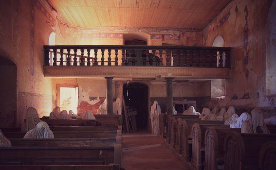 Napuštena crkva u Češkoj - 5