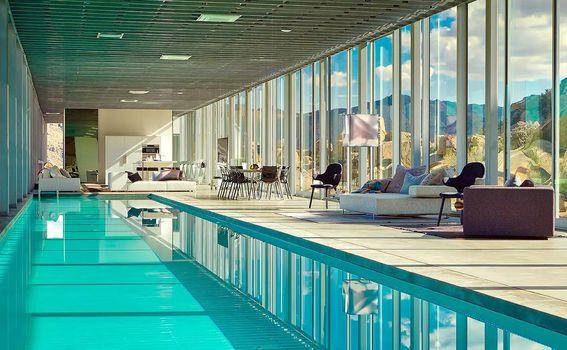 Nevidljiva kuća i unutrašnji bazen dug 30 metara