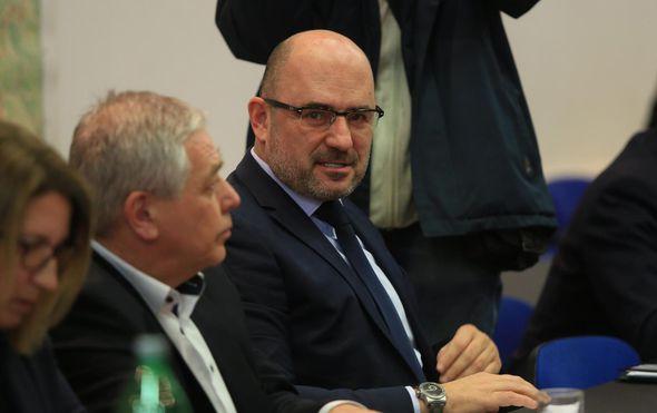 Nitko u HDZ-u ne želi govoriti o sudbini Milijana Brkića, no za utorak je sazvan radni sastanak. Hoće li se Plenković i Brkić napokon sresti oči u oči?