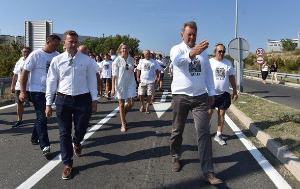 Prosvjed u Stankovcima zbog čestih prometnih nesreća (Foto: Hrvoje Jelavic/PIXSELL) - 17