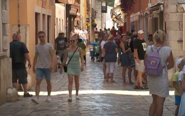 Turisti, ilustracija