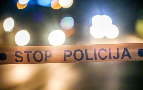 Auto se zabio u stup i potpuno izgorio: Tri mlađe muške osobe teško ozlijeđene