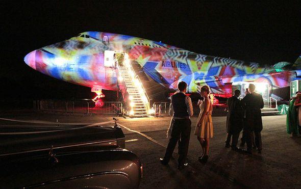 boeing 747 su potpuno prilagodili vjencanjima zavirite kako izgleda iznutra