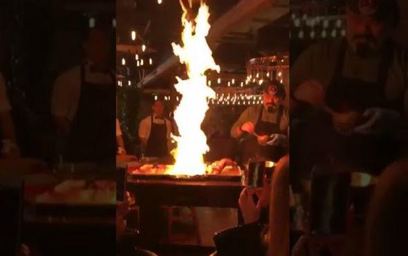 Neoprezni šef je u sekundi uništio restoran (FOTO: Screenshot/YouTube)