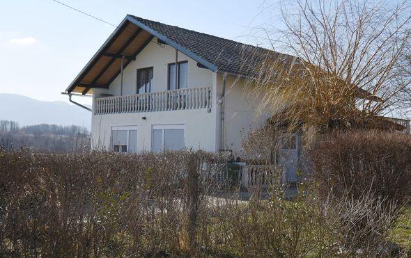 Kuća u kojoj je pronađeno tijelo novorođenčeta (Foto: Vjeran Zganec Rogulja/PIXSELL)