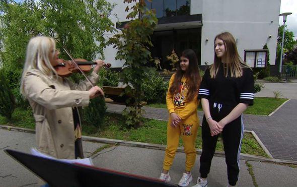 Nevjerojatna priča o gluhim violinisticama - 4
