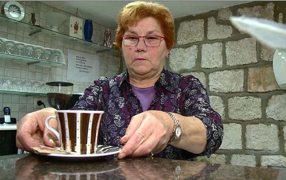 razgovarali smo kuharicom kave u gradu dubrovniku ponekad radi o 7 ujutro do iza ponoci