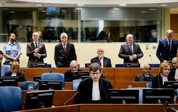haski sud nastavio s izricanjem presude petkovicu 10 coricu 16 godina pusic se hitno mora vratiti u haag